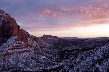 Kolob canyons viewpoint на закате.