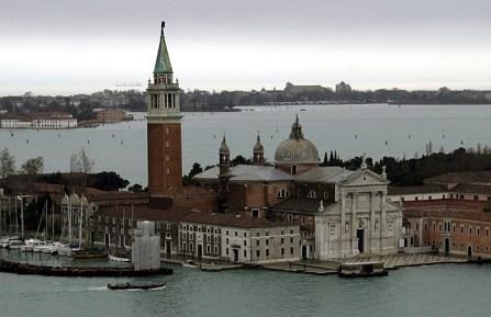 Остров San Giorgio Maggiore, колокольня и одноименная церковь.