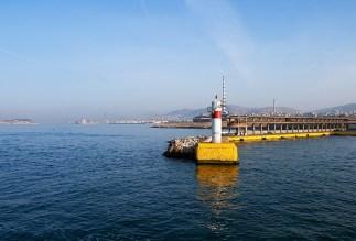 Маячок в окрестностях порта Пирей.