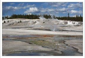Извержение Постоянного гейзера (Constant geyser).