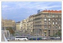 Улица Kossuth Lajos utca.
