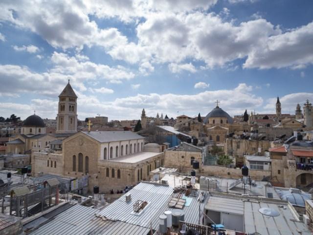 Viuzze e monasteri della città vecchia