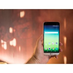 Small Crop Of Lg Lucky Review