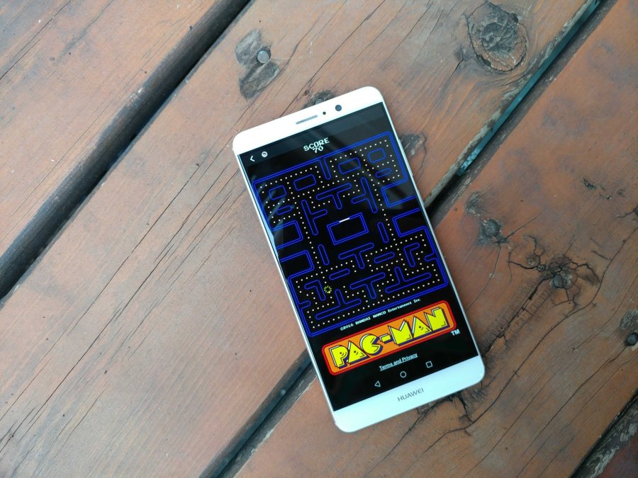 You can now play classic games like Pac-Man inside Facebook Messenger