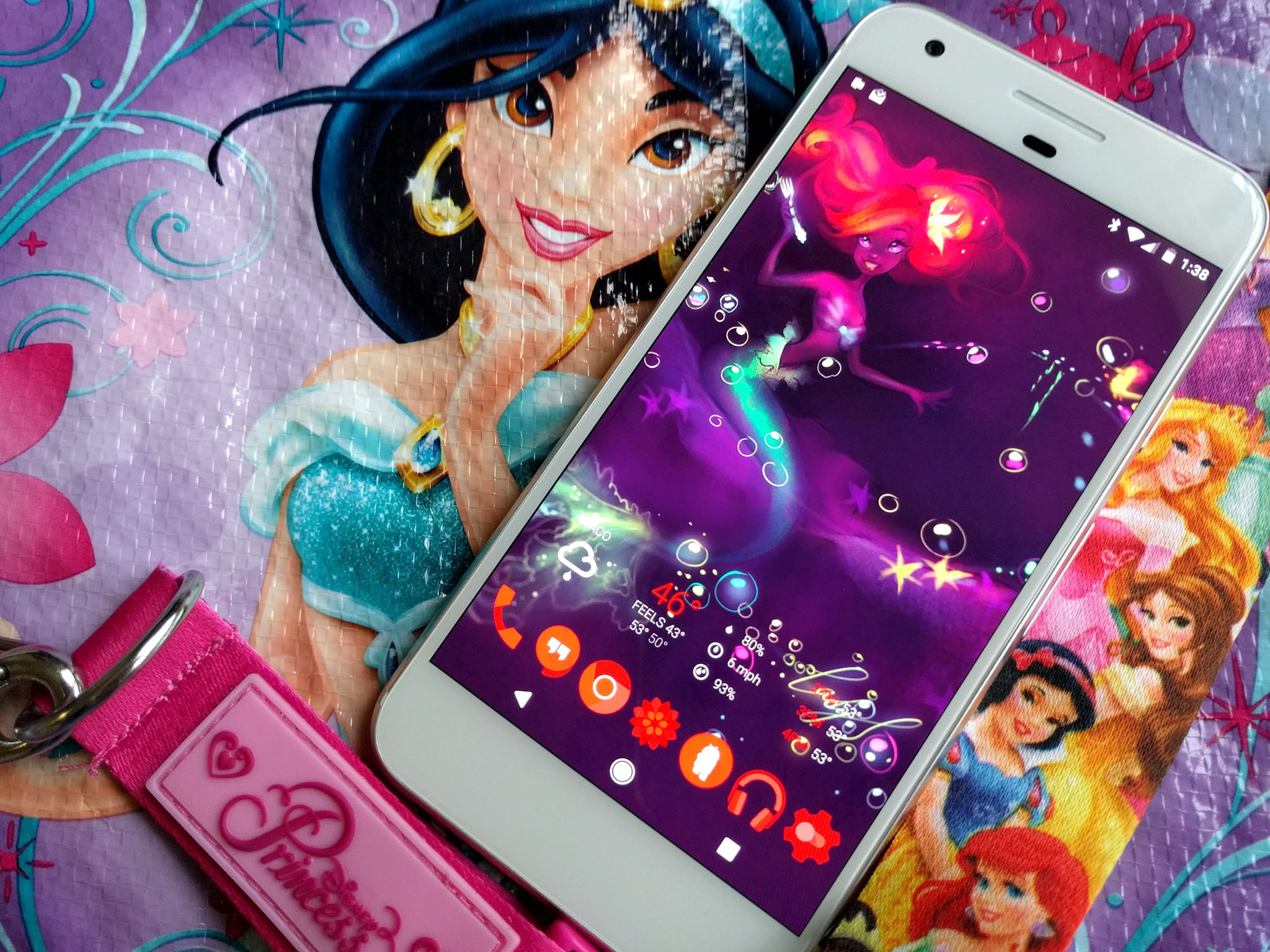 Android Phone Fall Wallpaper Get Regal With These Disney Princess Wallpapers Android