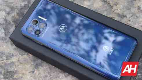 01 Motorola One 5G review AH 2020