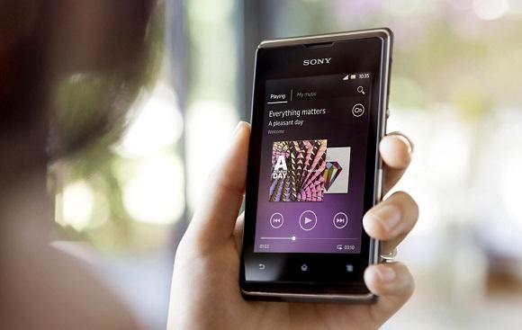 sony-xperia-e-android-phone-0