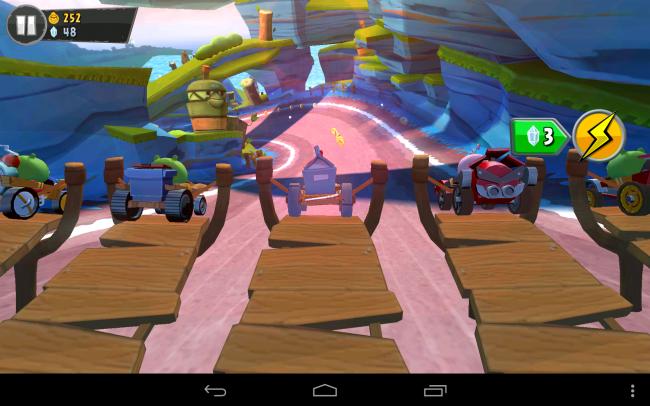 Der Start erfolgt in bester Angry Birds-Manier per Stein- bzw. Vogelschleuder.