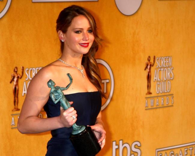 Oskar-Preisträgerin Jennifer Lawrence  - hier im Presseraum bei der Verleihung – ist eines der vielen prominenten Opfers. (Foto: shutterstock [Helga Esteb])