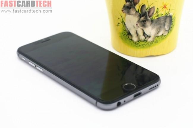 Mit dem Sophone i6 gibts jetzt ein Android-Phone im iPhone-Gehäuse. (Foto: FastCardTech)