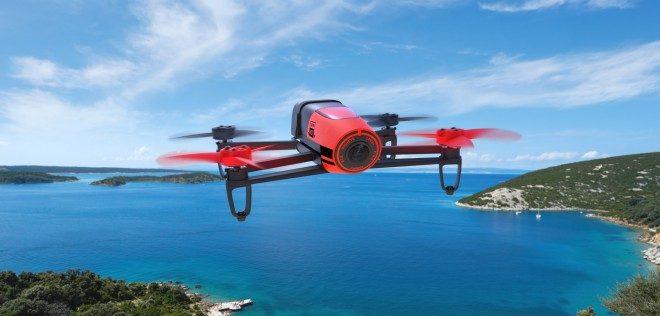 Parrot-Bebop-Drone_Red_Lifestyle_main