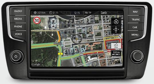"""Google Earth: Die Funktion """"Google Earth"""" verwendet für das Darstellen der berechneten Fahrtstrecke Satellitenbilder – wahlweise in zwei- oder dreidimensionaler Form."""