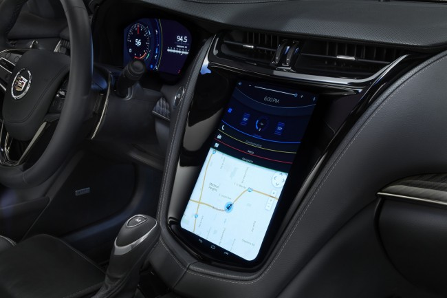 "Der berührungsempfindliche Hauptbildschirm des Auto-Infotainment-Systems ""FlexConnect.IVI"" hat eine Diagonale von 12,1 Zoll. (Foto: Business Wire)"