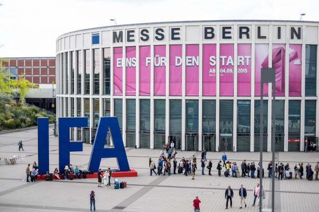 Messe Berlin - IFA 2015 by Kārlis Dambrāns (CC BY 2.0) via Flickr