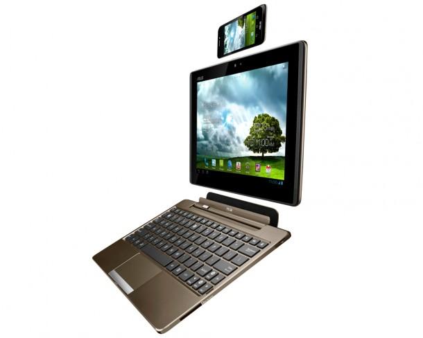 Per andockbarer Tastatur lässt sich das Padphone auch in ein Netbook umwandeln.