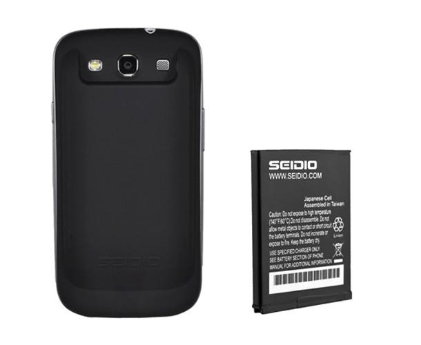 Das Seidio Akkupack für das Galaxy S3 verleiht dem Smartphone zusätliche Laufzeit. Foto: Seidioonline.com.