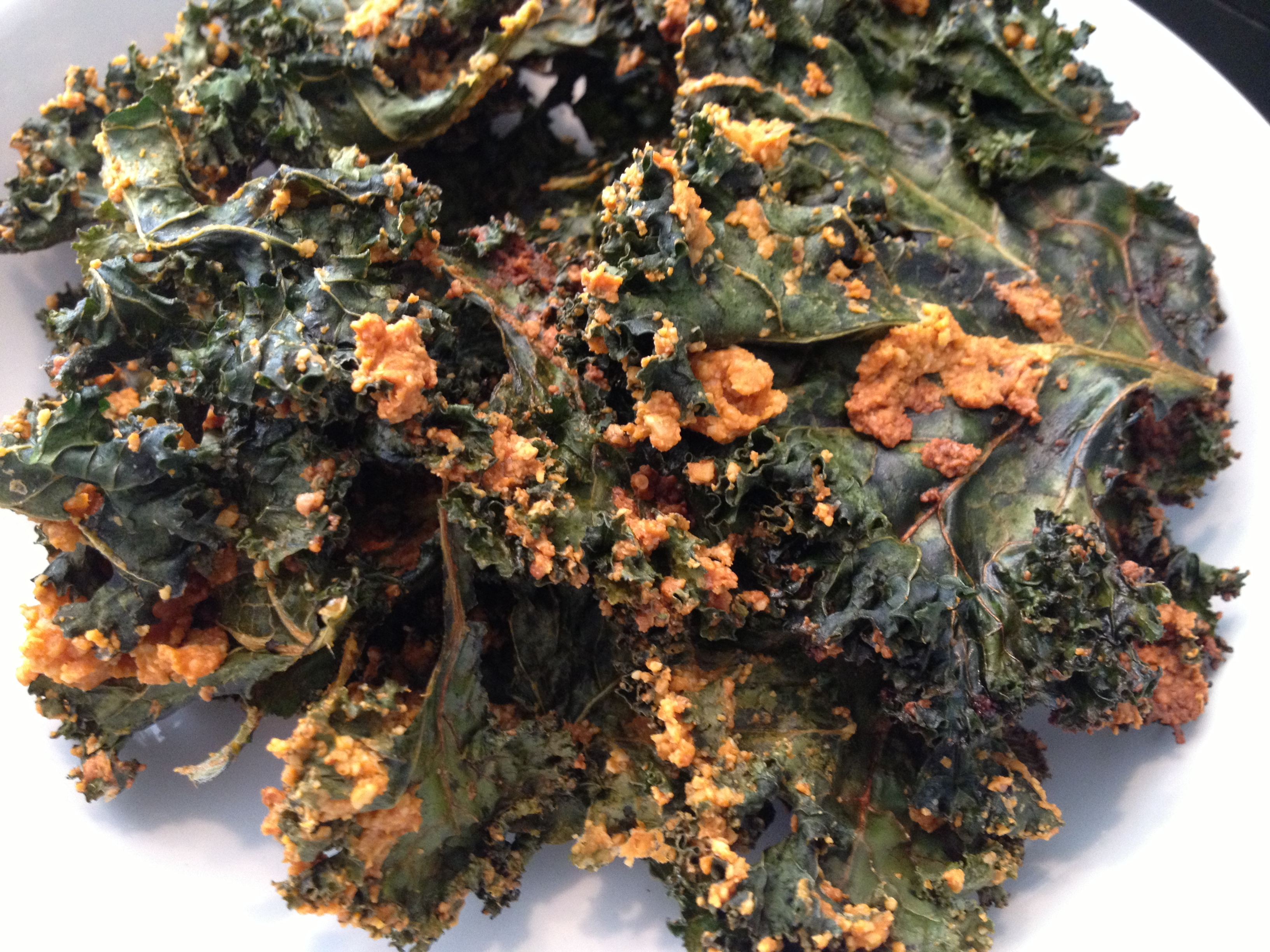 Spicy Cheese Kale Chips