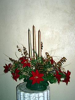 centro-navideño-velas-doradas