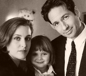 Kiss Wallpaper Boy And Girl Mulder N Scully