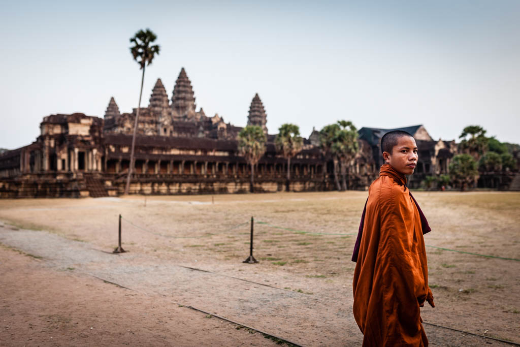Monk in front of Angkor Wat