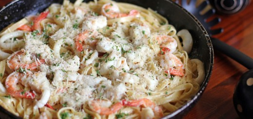 Creamy Seafood Alfredo Wide