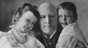 Maud Ingersoll, her father Robert G. Ingersoll, and sister Eva.