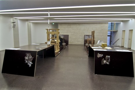 Exhibition design, Historical Books