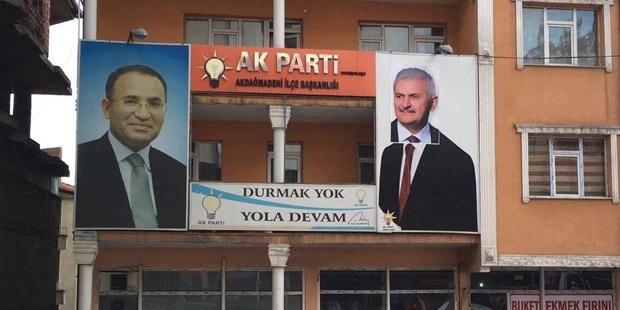 Yozgat'ta bir garip poster!