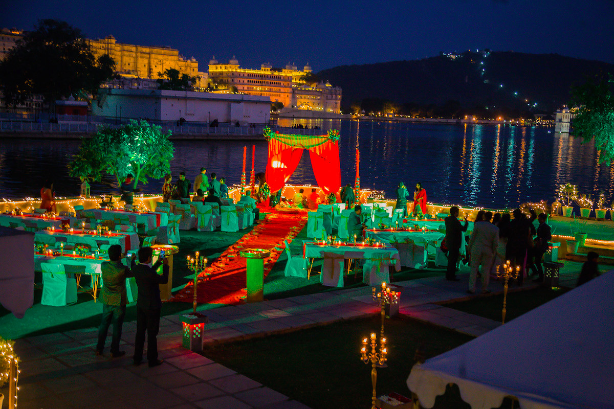Taj Mahal Hd Wallpaper Wedding At Raas Leela Udaipur Fantastic Lake Facing