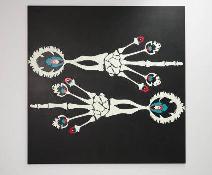 Knochen_in_der_Orthopädie_Ausstellung_Anna_Szermanski_Die_Familie_Orthopädie_Praxis_Dr._Bloch_Düsseldorf_Skelette_Farben_Polen_Folklore6