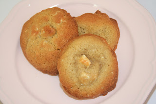 whitechocchunkcookies3
