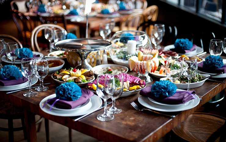 How to Select the Best Wedding Food for Your Reception -Anoush