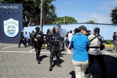 Asociación Nacional de la Prensa de Bolivia | IFEX-ALC condena agresiones contra periodistas ...