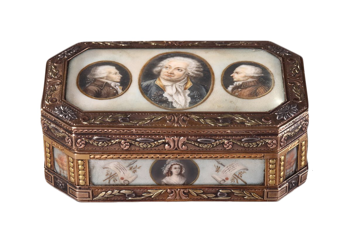 Gold Box With Revolutionary Theme 19th Century Ref57718