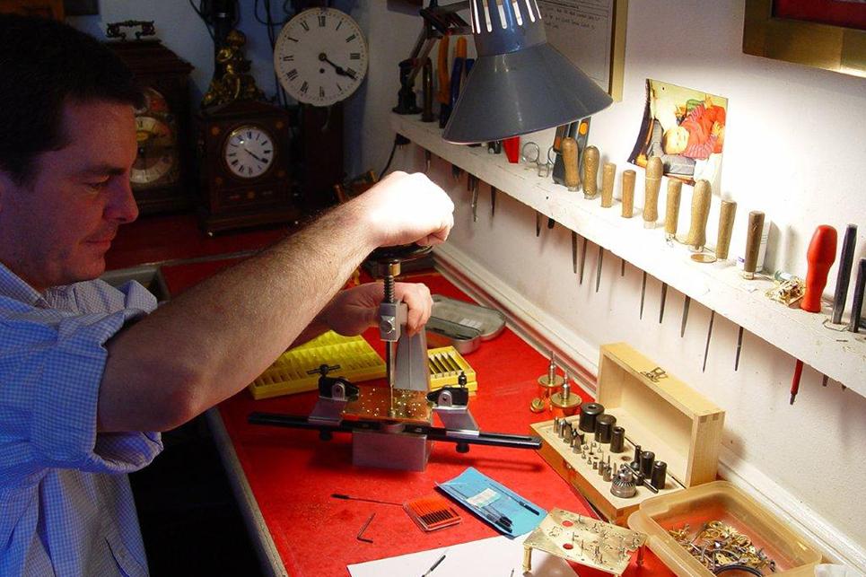 antique clock repair1a