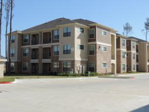 12101-northpointe-boulevard-34