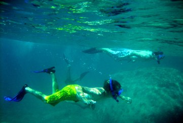 Apogee Adventures teen community service trip - snorkeling  in the Caribbean