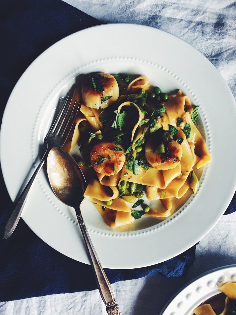appeasing-a-food-geek-scallop-pea-pasta-14