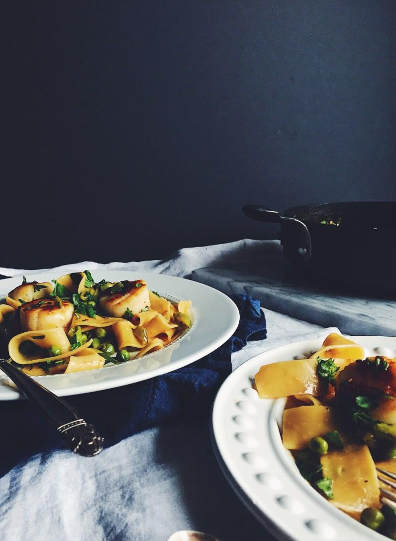 appeasing-a-food-geek-scallop-pea-pasta-15