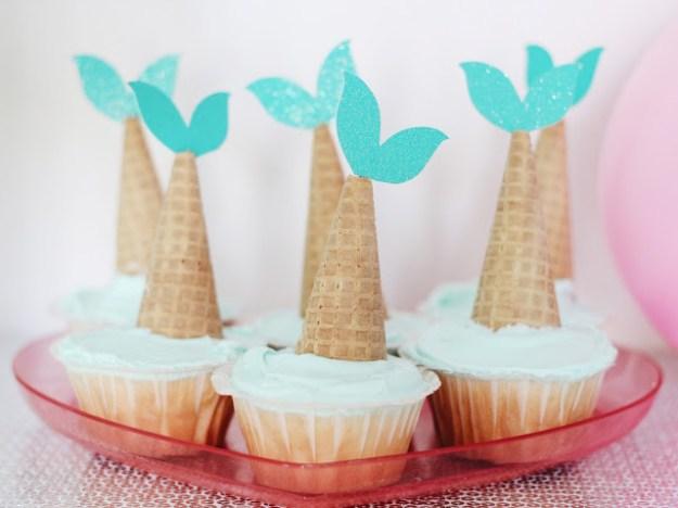 mermaid-fin-cupcakes