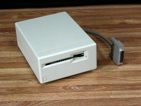 Apple Macintosh 400k External Floppy Drive