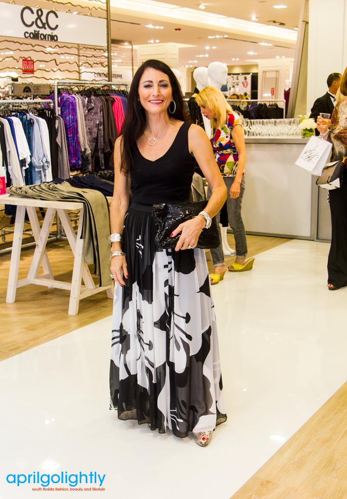 Boca Raton-Streetwear Lord & Taylor black & white maxi skirt