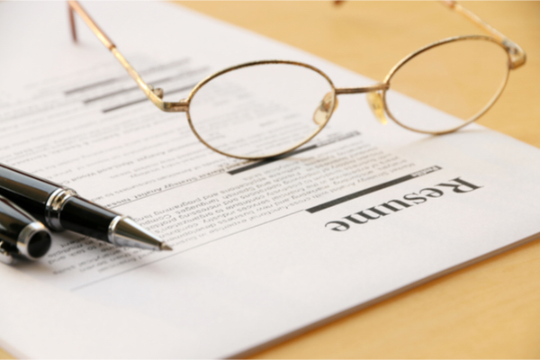 Common Mistakes To Avoid In Your Resume - ApTask - avoiding first resume mistakes