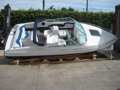 International Boat shipping & Jet Skis