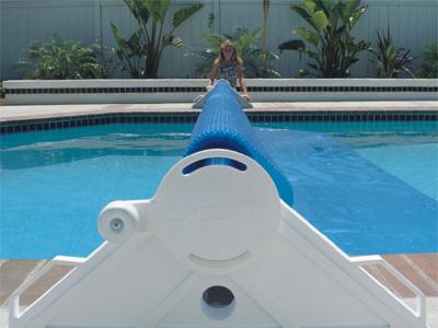 Do Swimming Pool Solar Covers Really Work? - AquaCal Blog