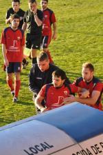 Un jugador de la Preferente gallega golpea al asistente