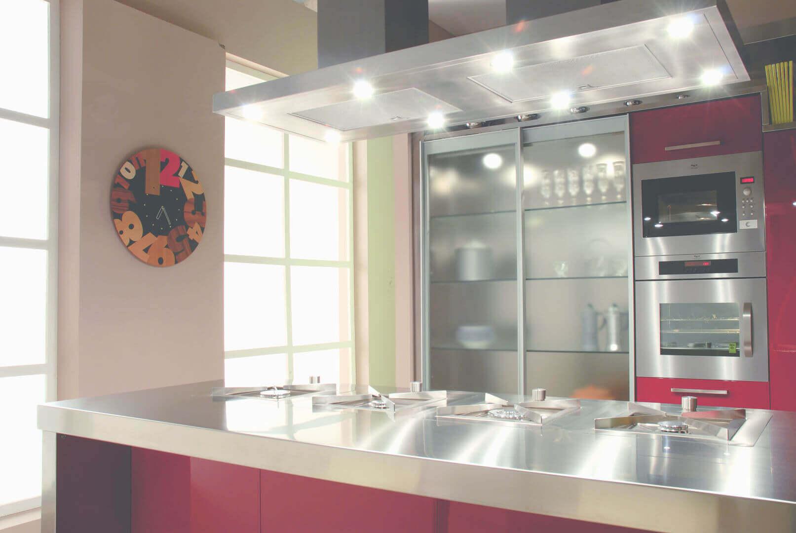 Opera arca cucine italia cucine in acciaio inox - Ante in vetro cucina ...