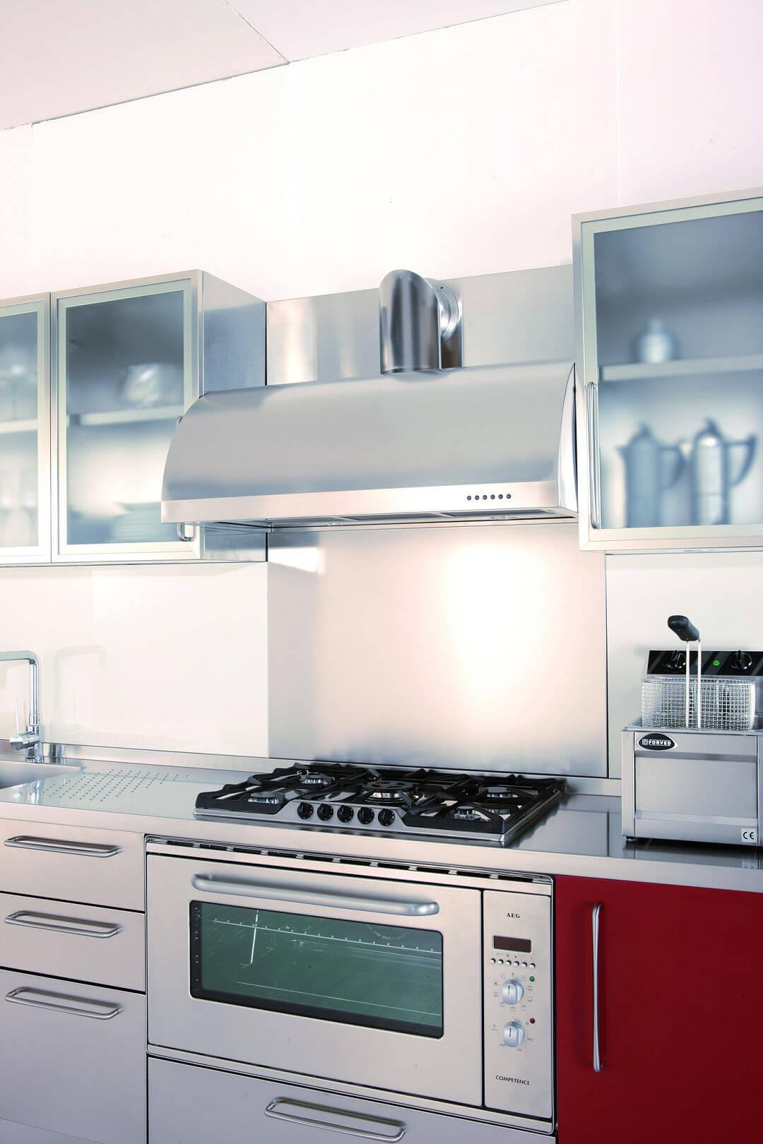 Mobili cucina italiana gallery of cucine elegante e for Cucina italiana mobili