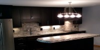 White Countertops With Dark Cabinets - ideasplataforma.com