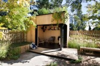 Pre-fabricated 'backyard rooms' beautify working remotely ...